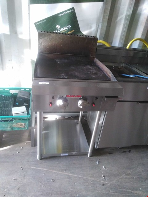 Lot 3017 THOR GAS GRIDDLE