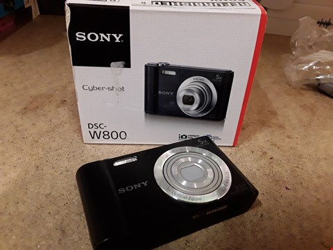 Lot 120 BOXED SONY CYBERSHOT W800 20.1MP CAMERA BLACK WITH ACCESSORIES