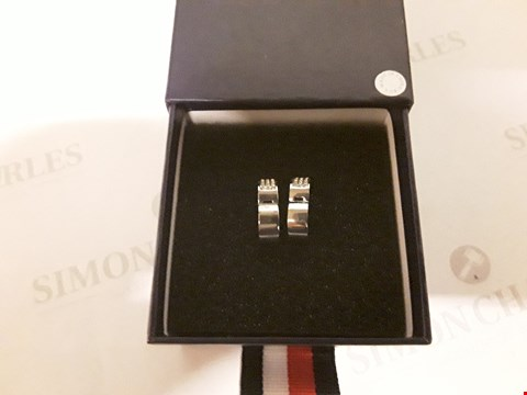 Lot 70 TOMMY HILFIGER STAINLESS STEEL CRYSTAL EARRINGS  RRP £52.99