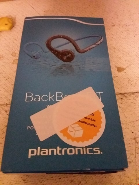 Lot 7 PLANTRONICS BACK BEAT FIT SMARTPHONE EARPHONES
