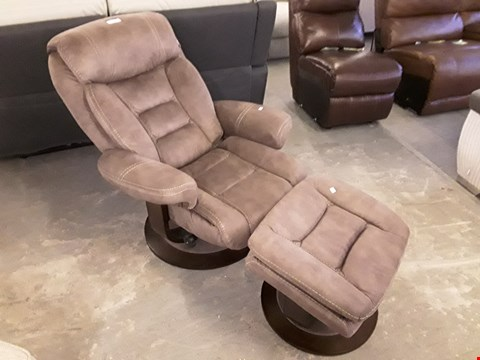 Lot 80 QUALITY DESIGNER PECAN FABRIC JUNO RECLINER CHAIR AND FOOTSTOOL  RRP £999.99