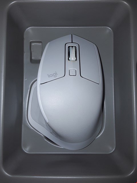 Lot 12261 LOGITECH MX MASTER 2S MOUSE