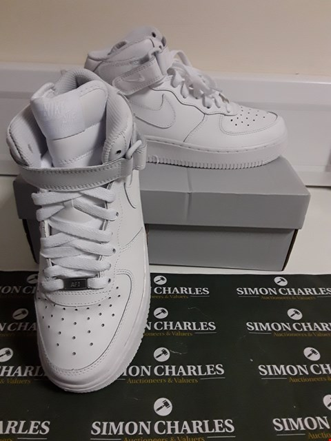 Lot 3091 DESIGNER BOXED PAIR OF NIKE AIR FORCE 1 MID STYLE TRAINERS SIZE UK 4.5
