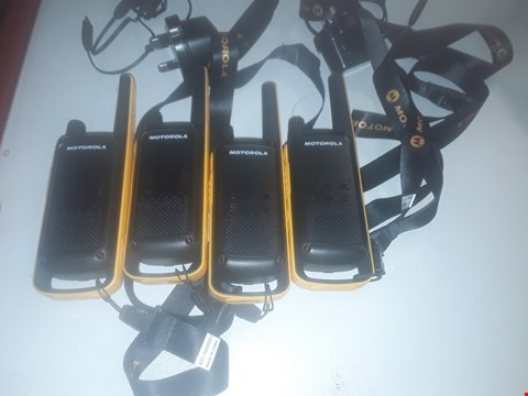 Lot 121 MOTOROLA TALKABOUT T82 EXTREME PMR446 2-WAY WALKIE TALKIE RADIO QUAD PACK - YELLOW / BLACK