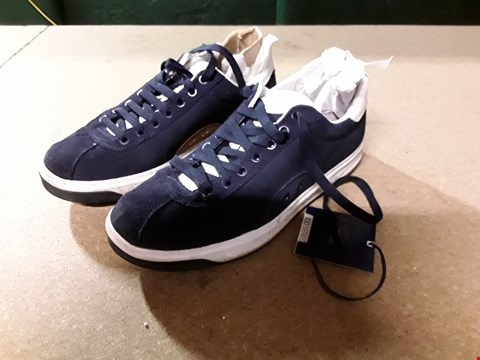 Lot 828 POLO RALPH LAUREN COURT100 TRAINERS SIZE 9