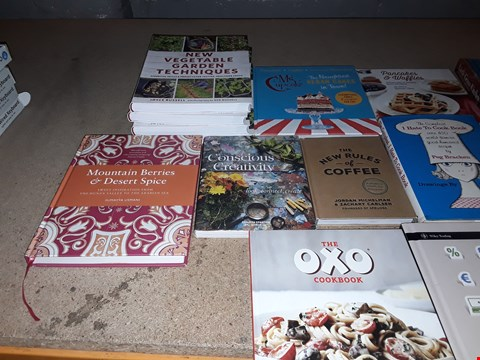 Lot 147 LOT OF APPROXIMATELY 14 ASSORTED BOOKS TO INCLUDE THE OXO COOKBOOK, JAMS & CHUTNEYS, MOUNTAIN BERRIES AND DESERT SPICE AND LITTLE GREEN KITCHEN ECT