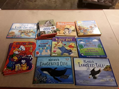 Lot 499 LOT OF APPROXIMATELY 17 ASSORTED CHILDREN'S BOOKS TO INCLUDE NELSON'S DANGEROUS DIVE BY ELLIE JACKSON+LAURA CALLWOOD, DISNEY HUNDRED-ACRE ADVENTURES RAINY DAY, CBEENIES FUN WITH PHONICS ETC