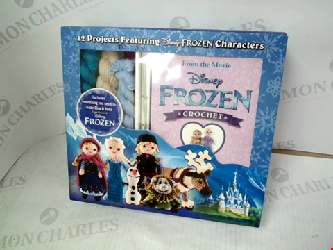 Lot 3103 DISNEY FROZEN CROCHET SET