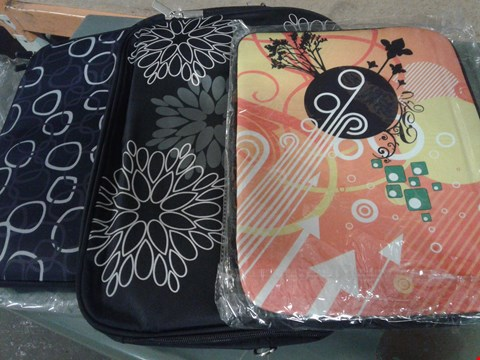Lot 497 LOT OF  APPROXIMATELY 10 ASSORTED LAPTOP SLEEVES OF VARIOUS SIZES