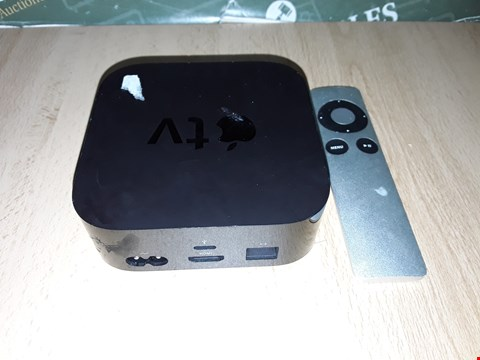 Lot 8263 APPLE TV BOX WITH REMOTE 32GB 4TH GEN - A1625