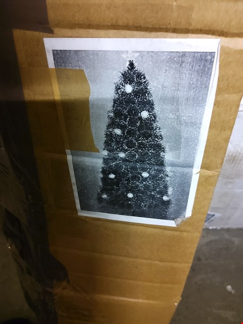 Lot 2404 COLOUR-CHANGING AND SPACE-SAVING NEEDLE PINE FIBRE OPTIC CHRISTMAS TREE - 5FT RRP £44.99