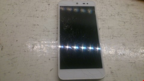 Lot 51 WILEYFOX SMART PHONE