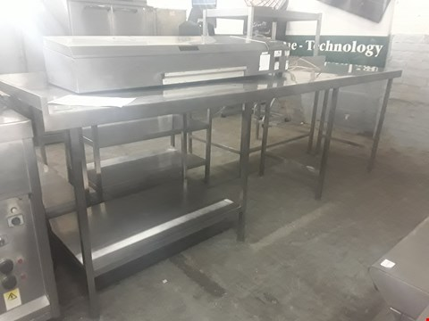Lot 62 STATIC KITCHEN WORK TABLE WITH UNDERSHELF AND TWO VOIDS