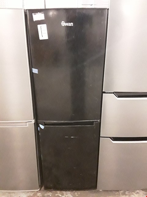 Lot 55 SWAN SR8180B 50/50 FRIDGE FREEZER IN BLACK