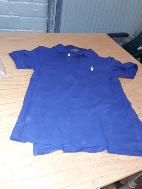 Lot 8096 A LOT OF 5 ASSORTED CLOTHING ITEMS TO INCLUDE , RALPH LAUREN BOYS CLASSIC SHORT SLEEVE P FRENCH NAVY 10-12 YEARS AND BOW BARDOT MIDI DRESS ETC