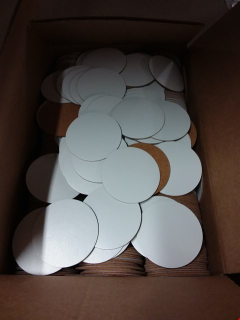Lot 598 BOX OF APPROXIMATELY 500 WHITE CIRCULAR COASTERS