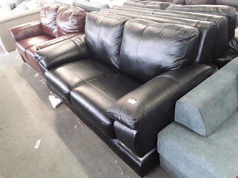 Lot 63 DESIGNER BLACK LUXURY FAUX LEATHER 2 SEATER SOFA WITH CHROME DETAILING