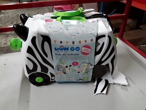 Lot 39 BOXED TRUNKI RIDE-ON SUITCASE