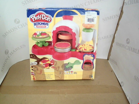Lot 10498 PLAY-DOH STAMP 'N TOP PIZZA OVEN TOY RRP £24.99