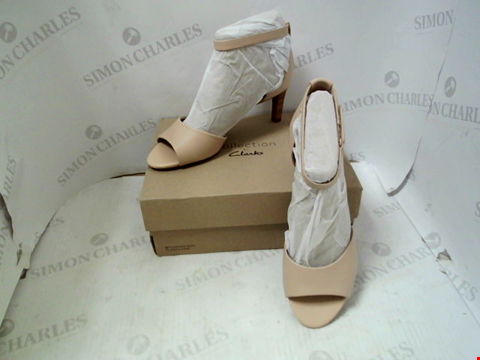 Lot 58 BOXED PAIR OF DESIGNER CLARKS ALICE GRETA - UK SIZE 7