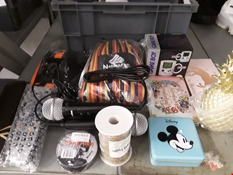 Lot 50 BOX OF APPROXIMATELY 30 ASSORTED ITEMS TO INCLUDE MUGS, COASTERS, MICROPHONES ETC