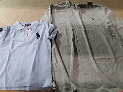 Lot 844 LOT OF 2 ASSORTED DESIGNER CLOTHING ITEMS TO INCLUDE POLO RALPH LAUREN LONG SLEEVE CREW TEE, BOYS SHORT SLEEVE POLO SHIRT RRP £129