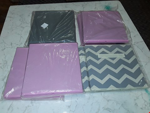 Lot 4452 LOT OF 6 ASSORTED COLLAPSIBLE FABRIC STORAGE ITEMS