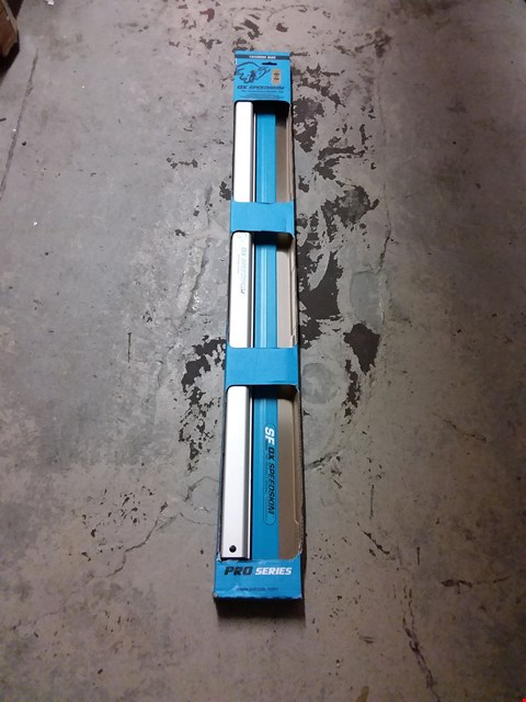Lot 1137 OX OX-P531012 SPEED SKIM STAINLESS FLEX FINISHING RULE