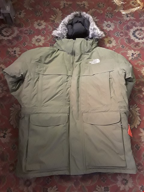 Lot 118 DESIGNER GREEN FABRIC NORTH FACE STYLE PARKER COAT WITH FUR TRIMMED HOOD SIZE XL