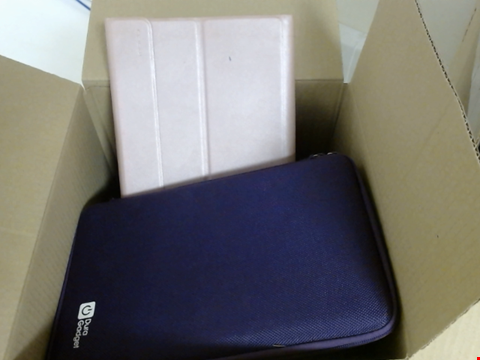 Lot 7769 QUANTITY OF ASSORTED LAPTOP / NOTEBOOK, TABLET AND PORTABLE GAMING DEVICES CASES 30 X 30 X 30CM BOX