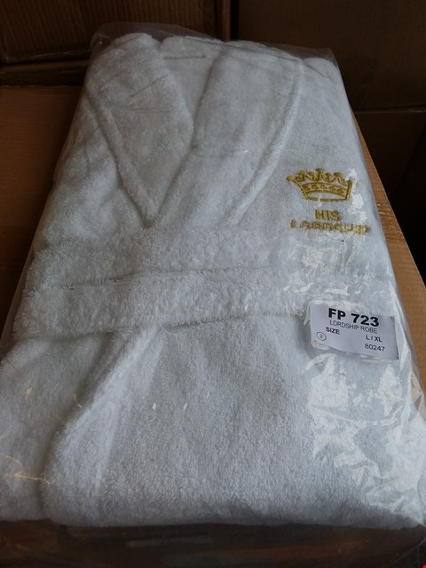 Lot 153 LOT OF APPROXIMATELY 18 LORDSHIP ROBES - WHITE SIZE L/XL (3 BOXES)