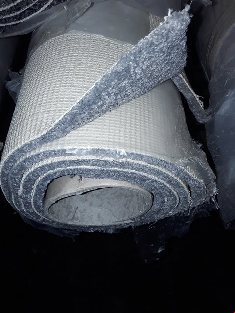 Lot 3072 ROLL OF LUNA CARPET, APPROXIMATELY 2.37X5 METERS - GREY
