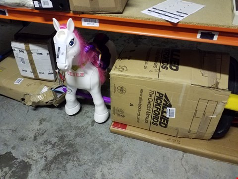 Lot 623 SHELF OF ASSORTED ITEMS TO INCLUDE FEBER UNICORN AND DISNEY FROZEN TODDLER BED ECT