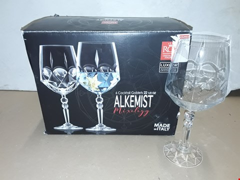 Lot 8028 BOXED SET OF 5 RCR ALKEMIST MIXOLOGY COCKTAIL GOBLETS - 22L5CL
