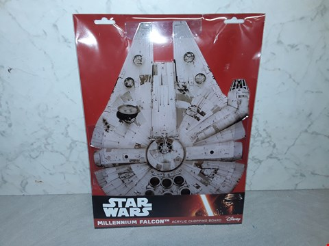 Lot 4011 STAR WARS MILLENIUM FALCON ACRYLIC CHOPPING BOARD