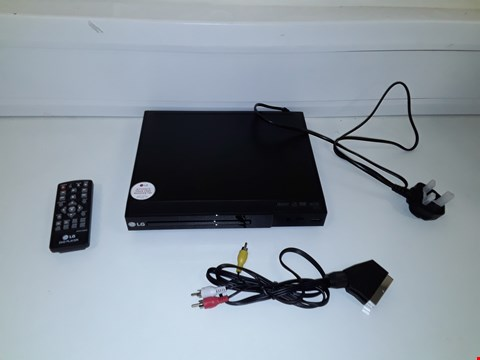 Lot 76 LG DP132 DVD PLAYER