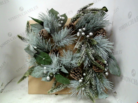 Lot 13003 PINECONES LIT CHRISTMAS WREATH RRP £24.99