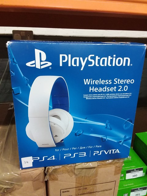 Lot 371 BOXED PLAYSTATION 4/3/VITA COMPATIBLE WIRELESS STEREO HEADSET 2.0 - 2 PAIRS (LOT 38)