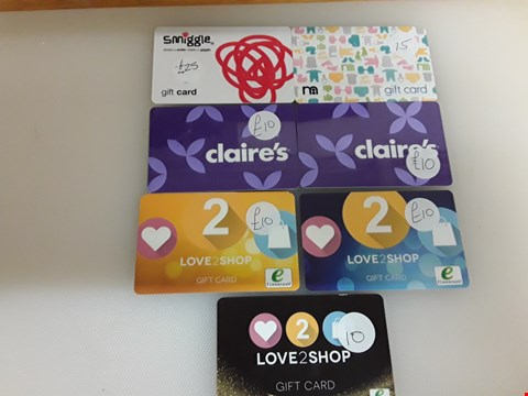 Lot 30 7 ASSORTED GIFT CARDS TO INCLUDE SMIGGLE, MOTHERCARE, CLAIRE'S AND LOVE TO SHOP TOTAL VALUE £90