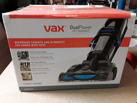 Lot 3252 VAX DUAL POWER PET ADVANCE CARPET CLEANER
