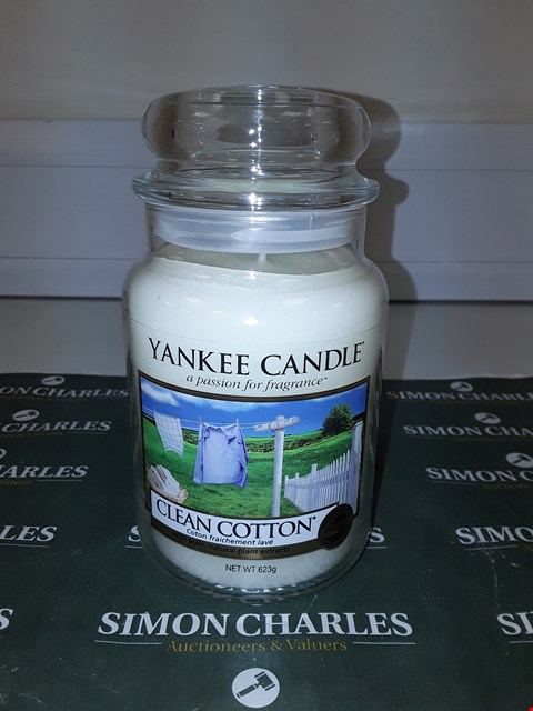 Lot 9133 LARGE YANKEE CANDLE - CLEAN COTTON  RRP £20.00