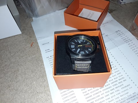 Lot 9212 HUGO BOSS ORANGE GREY DIAL GREEN ACCENT GREY STRAP MENS WATCH RRP £199.00