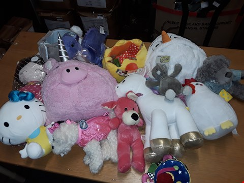 Lot 228 LOT OF APPROXIMATELY 14 ASSORTED PLUSH TOYS