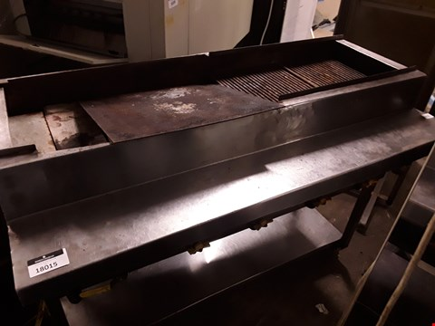 Lot 180015 GAS FIRED GRILL TROLLEY
