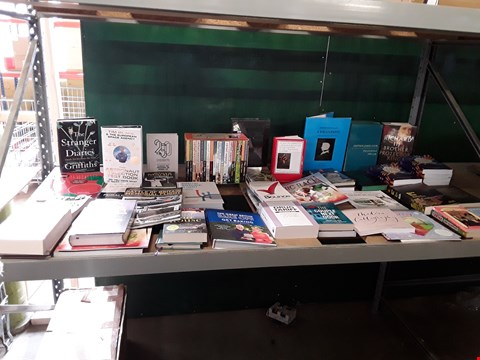 Lot 1035 CAGE OF A SIGNIFICANT QUANTITY OF ASSORTED FICTION AND NON-FICTION BOOKS TO INCLUDE MARS BY 1980, THE ASTRONAUT SELECTION TEST BOOK, RICHARD III, THE COUPLE NEXT DOOR ETC