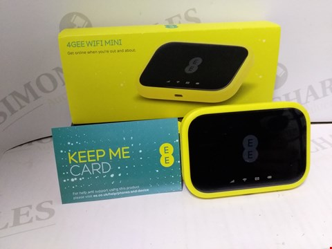 Lot 4042 EE 4GEE WIFI MINI MOBILE ROUTER, YELLOW