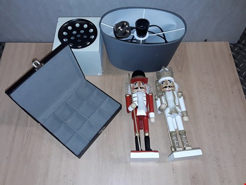 Lot 8488 LOT OF 4 ASSORTED HOMEWARE ITEMS TO INCLUDE CUFFLINK BOX, SEASONAL NUT CRACKERS AND INCENSE HOLDER