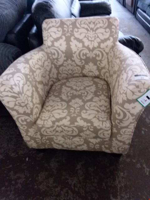 Lot 34 DESIGNER YELLOW PATTERNED FABRIC CHAIR