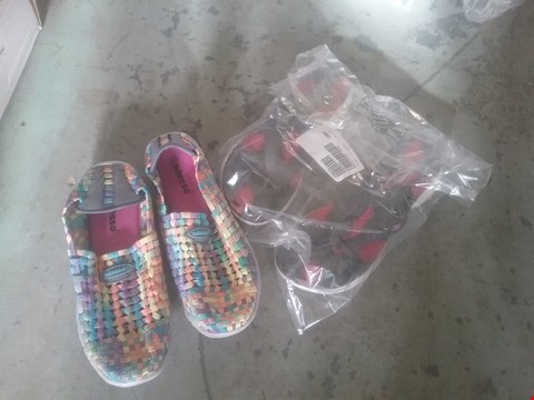 Lot 2424 LOT OF APPROXIMATELY 5 ASSORTED ITEMS OF FOOTWEAR TO INCLUDE ADESSO MULTI COLOURED SHOES AND SKETCHERS GOGA MAX SANDALS