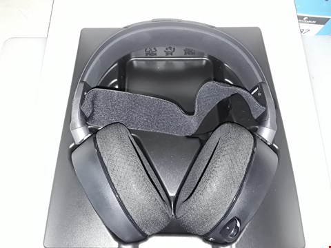 Lot 252 STEELSERIES ARCTIC PRO WIRELESS GAMING HEADSET